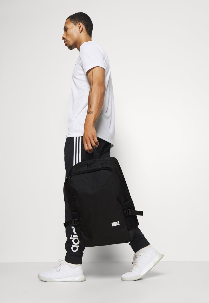 adidas Performance - CLASSIC BOXY BACK TO SCHOOL SPORTS BACKPACK UNISEX - Rucksack - black/white