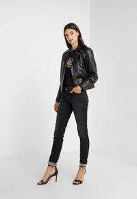 Emporio Armani - Jeans Skinny - denim nero - 1