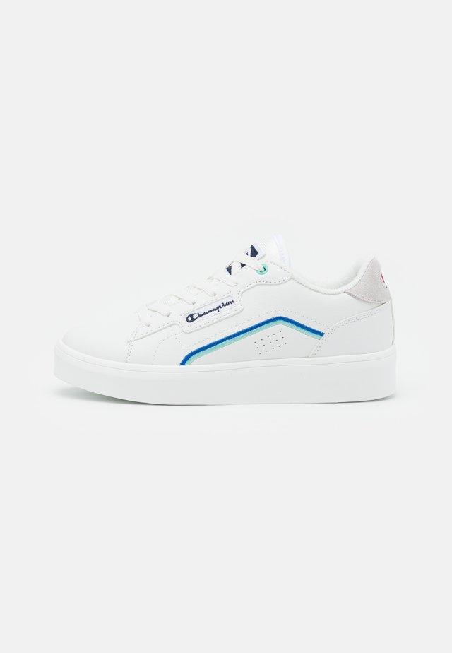 LOW CUT SHOE SAN DIEGO - Chaussures d'entraînement et de fitness - white