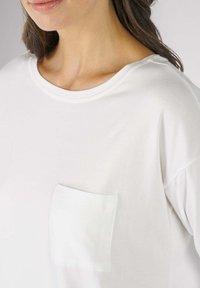 mey - HOMEWEAR SHIRT SERIE NIGHT2DAY - Pyjama top - white - 2
