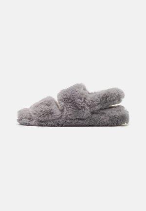 Pantofole - grey