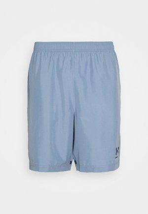 ACCELERATE PREMIER SHORT - Korte sportsbukser - washed blue