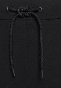 Marc O'Polo DENIM - PANTS - Cargo trousers - black - 3