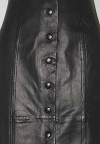 Paul Smith - WOMENS SKIRT - Pouzdrová sukně - black - 2