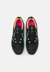 adidas Performance - TERREX AGRAVIC GTX - Løpesko for mark - core black/grey four/hazy orange - 3