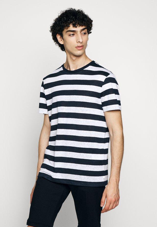 COMA CLEAN - T-shirt imprimé - navy