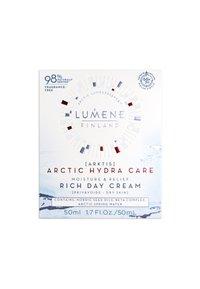 Lumene - ARCTIC HYDRA CARE [ARKTIS] MOISTURE & RELIEF RICH DAY CREAM - Face cream - - - 1