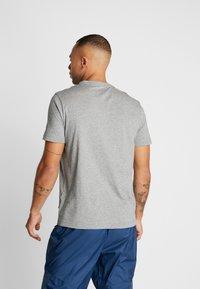 Puma - SMALL LOGO TEE - T-shirt - bas - medium grey heather - 2