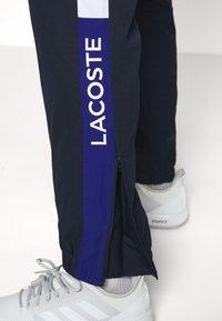 Lacoste Sport - TENNIS PANT - Træningsbukser - navy blue/wasp-white-cosmic - 3