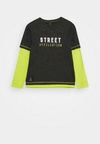 Blue Effect - BOYS LONGSLEEVE DOUBLE LOOK STREET - Long sleeved top - army green - 0