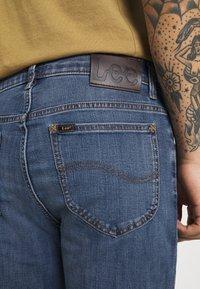 Lee - RIDER - Jeans slim fit - blue denim - 4