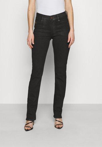 NOXER NAVY STRAIGHT - Straight leg jeans - black radiant cobler