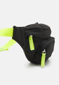 Tommy Hilfiger - CORE BUMBAG UNISEX - Across body bag - black - 3