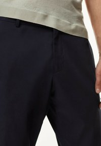 Massimo Dutti - Trousers - blue-black denim - 1