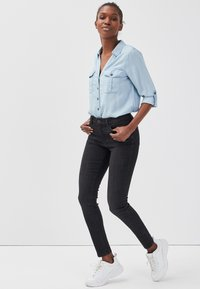 Cache Cache - PUSH UP - Jeans Skinny Fit - black denim - 3