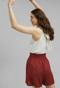 edc by Esprit - FASHION - Shorts - terracotta - 2