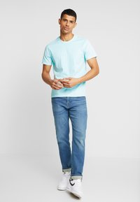 Levi's® - THE ORIGINAL TEE - Printtipaita - clearwater - 1