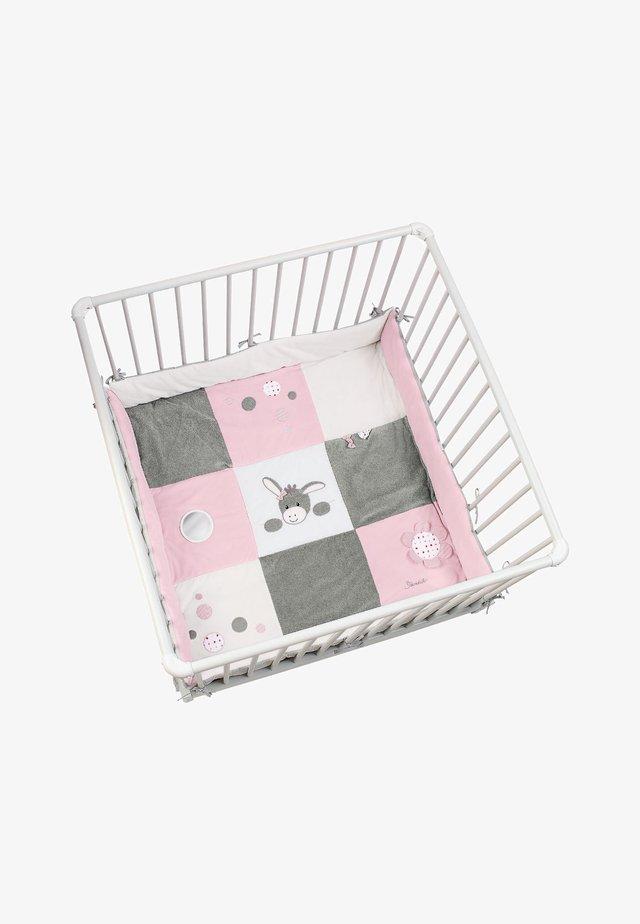 LAUFGITTEREINLAGE EMMI GIRL - Play mat - original
