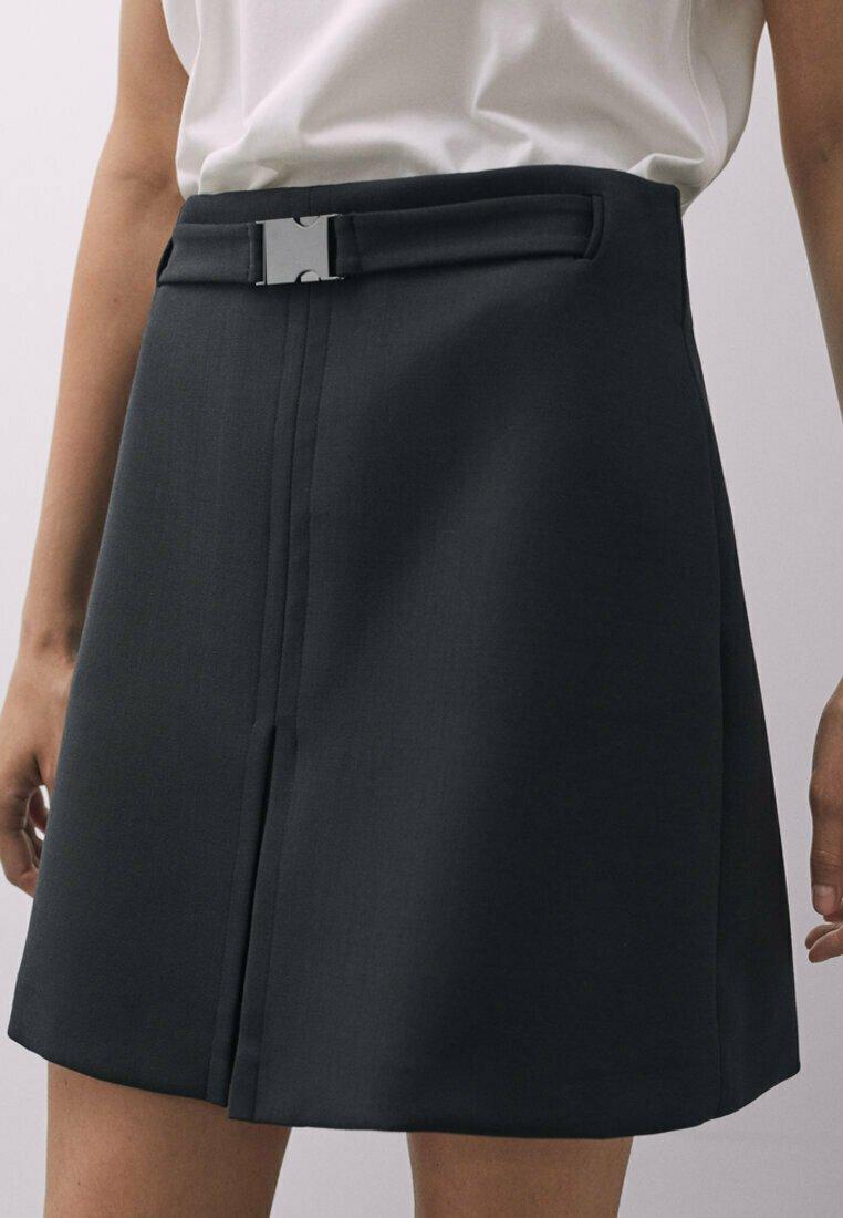 Massimo Dutti - MIT SCHNALLE - A-line skirt - black