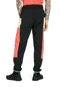 Timberland - Outdoor trousers - black cayanne luminary - 2