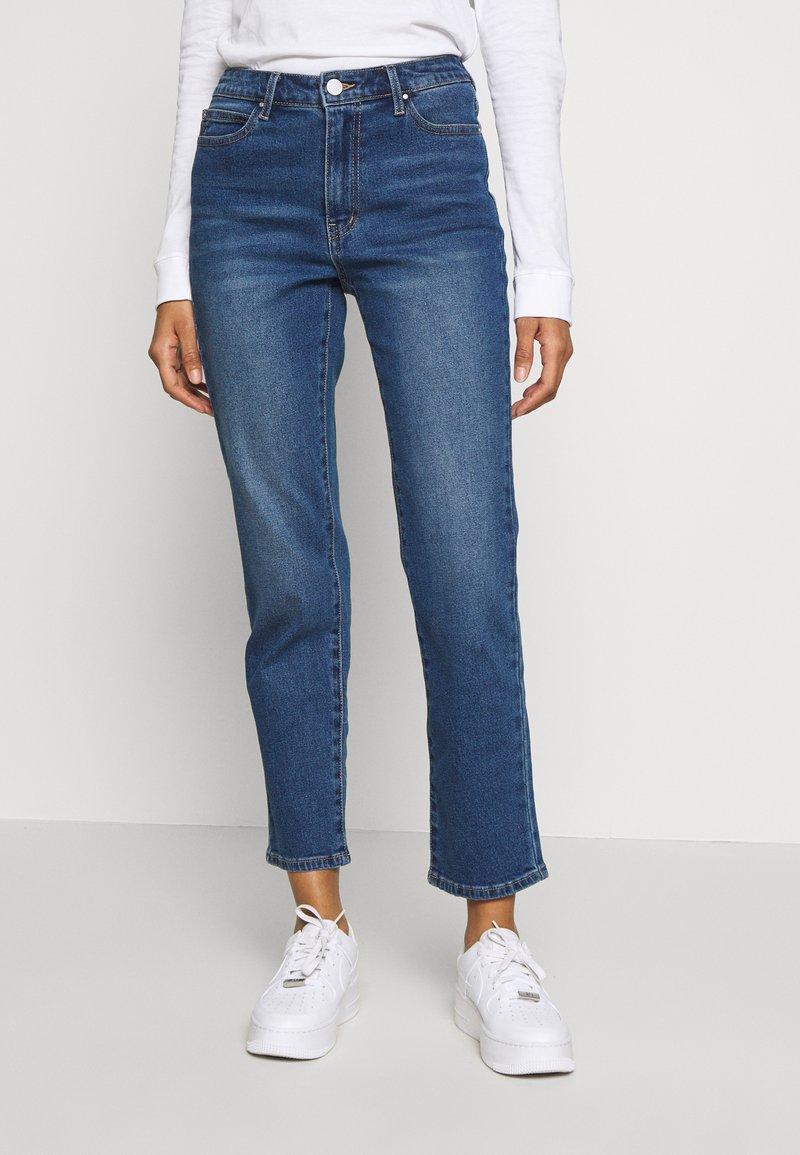 Vila - VISOMMER - Straight leg jeans - medium blue denim