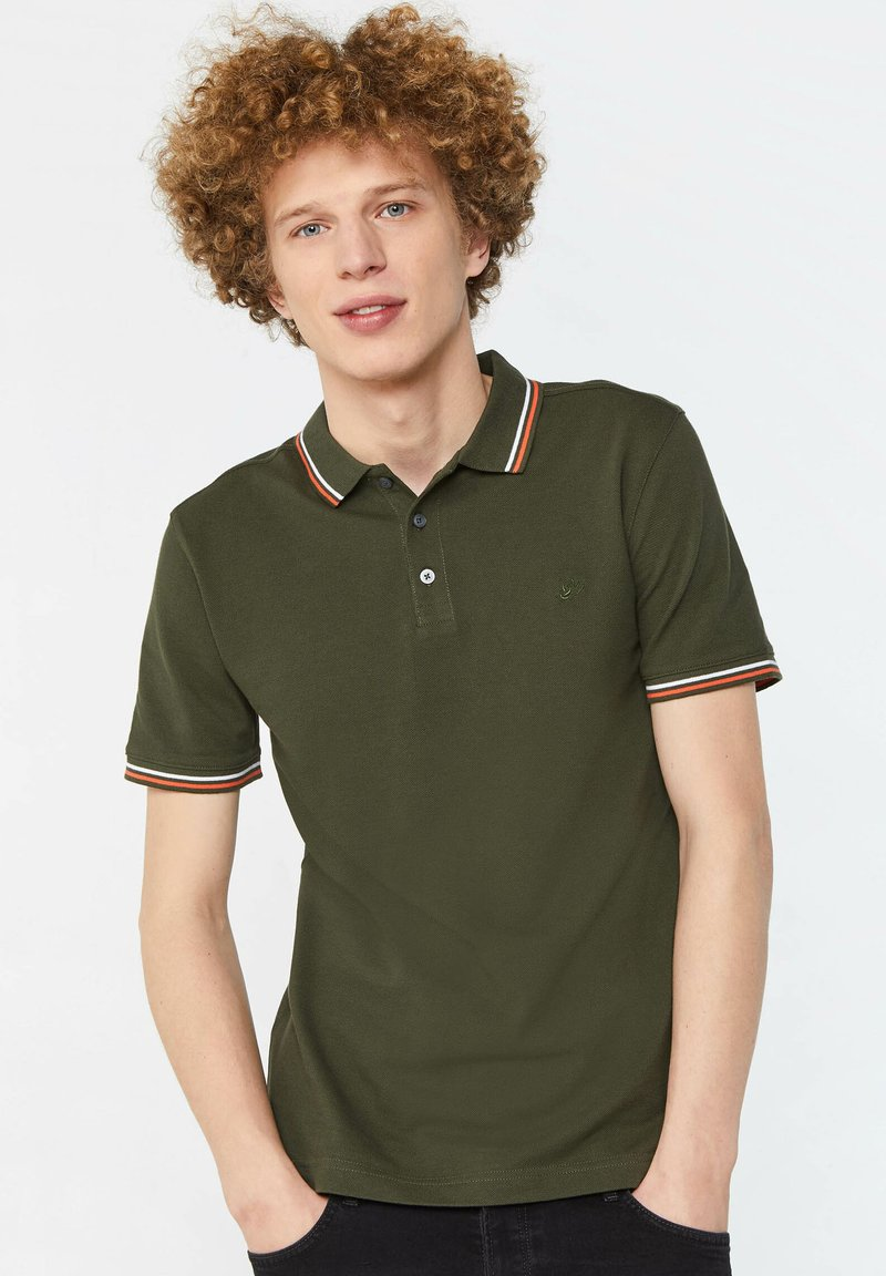 WE Fashion - Pikeepaita - army green