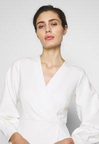 Closet - CLOSET LONG SLEEVE WRAP DRESS - Shift dress - ivory - 3