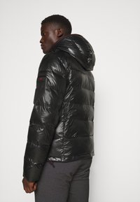 Peuterey - Winter jacket - black - 2