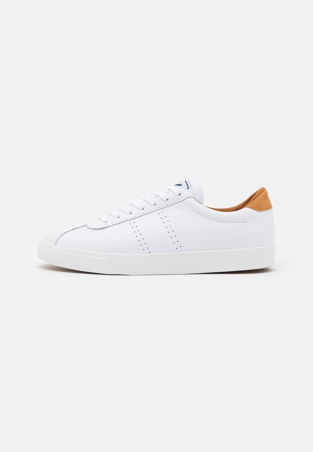 2843 COMFLEAU - Sneakers basse - white/brown burnt
