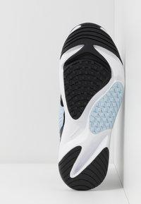 Nike Sportswear - ZOOM 2K - Sneakers - black/metallic gold/white/sail/gym red - 6
