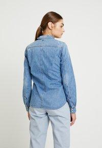 G-Star - 3301 SHIRT WMN L\S - Button-down blouse - medium aged restored 138 - 2