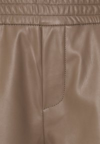 ONLY - ONLPINZON - Shorts - walnut - 2