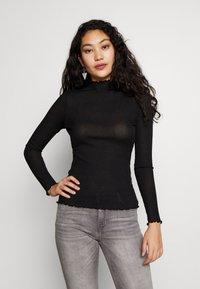 Vero Moda Tall - VMOPHELIA HIGHNECK FRILL - Pullover - black - 0