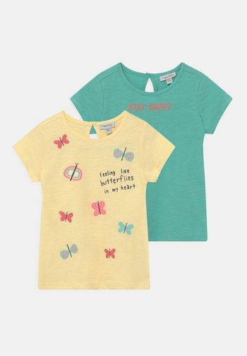 PACK 2 - T-shirt print - lemon meringue/holiday