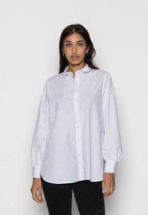 VMELLA BASIC - Button-down blouse - bright white