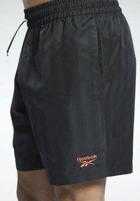 Reebok Classic - CLASSICS - Shorts - black - 5