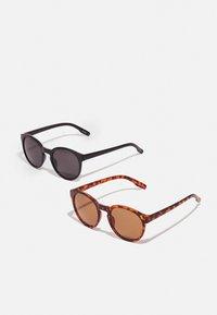 Zign - 2 PACK - Sunglasses - black/brown - 0