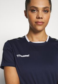 Hummel - HMLAUTHENTIC  - Printtipaita - marine - 3