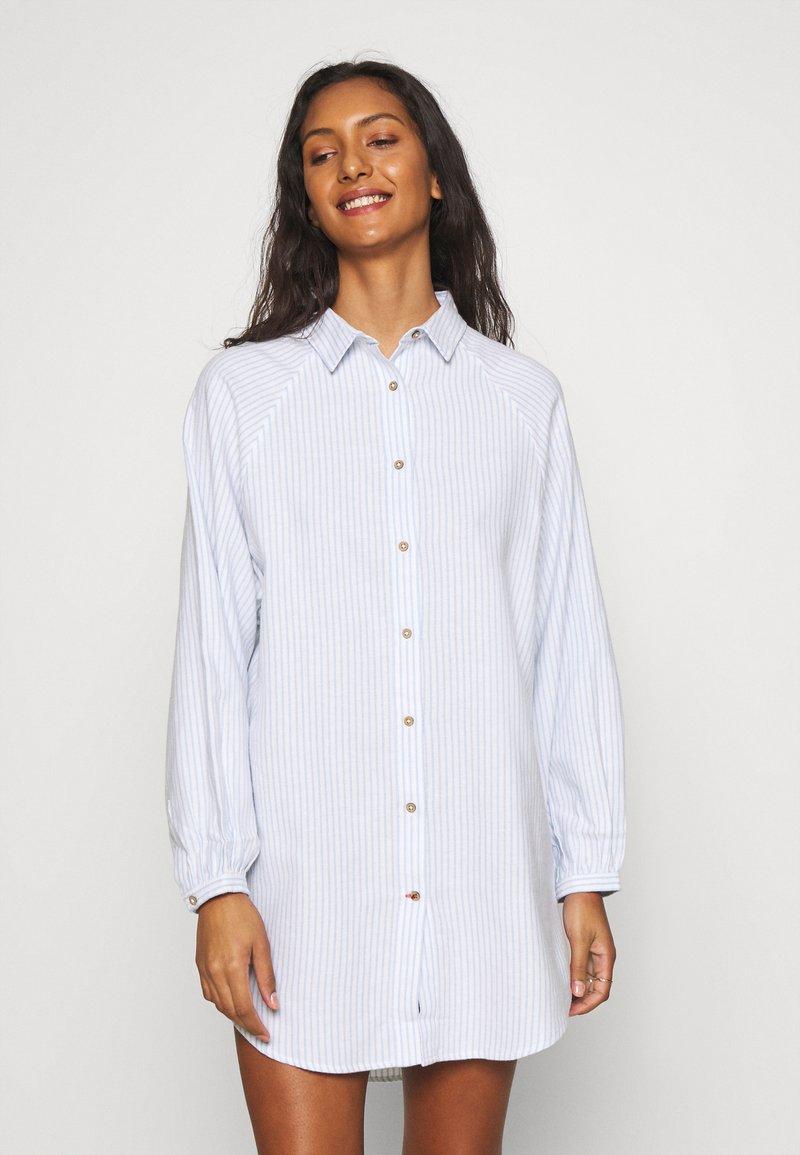 Cotton On Body - WARM SLEEP SHIRT  - Chemise de nuit / Nuisette - blue/white