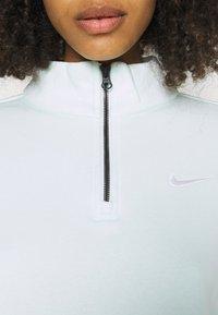 Nike Sportswear - TREND - Sweater - barely green/white - 4