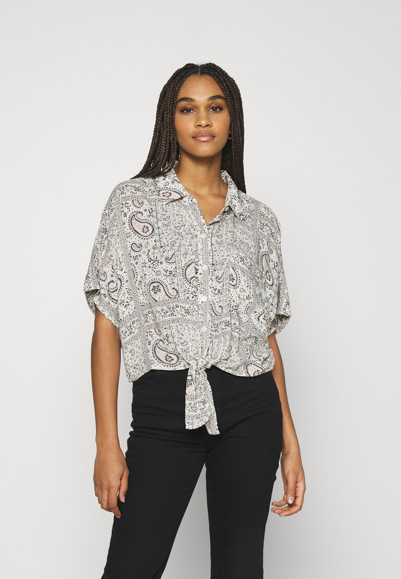 American Eagle - CORE TIE FRONT - Button-down blouse - natural