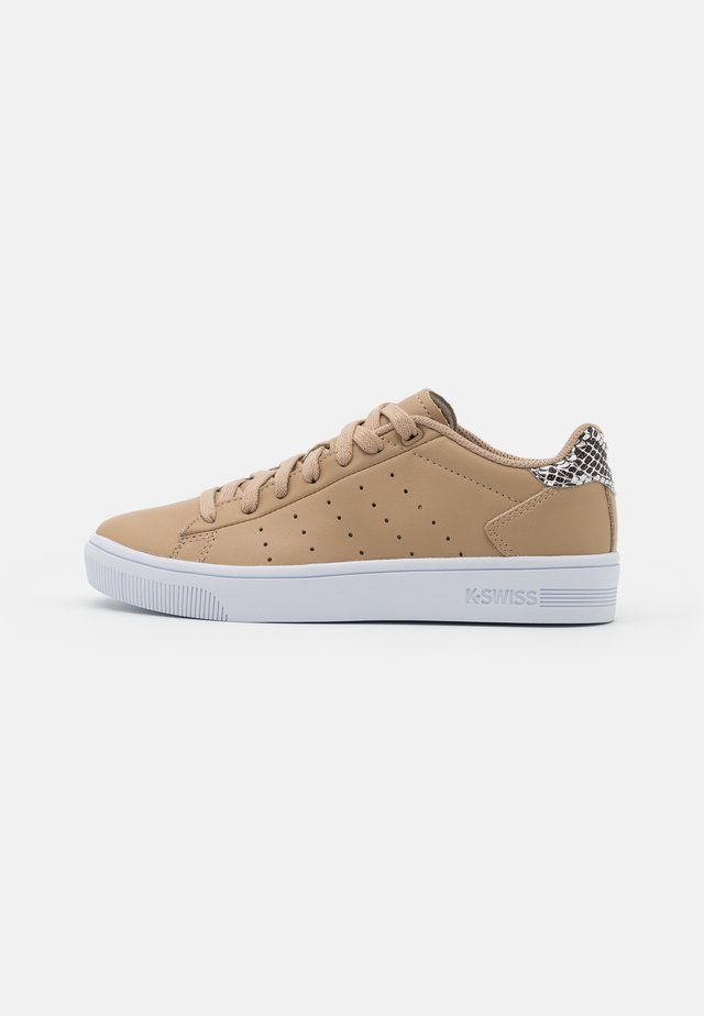 COURT FRASCO - Baskets basses - nougat
