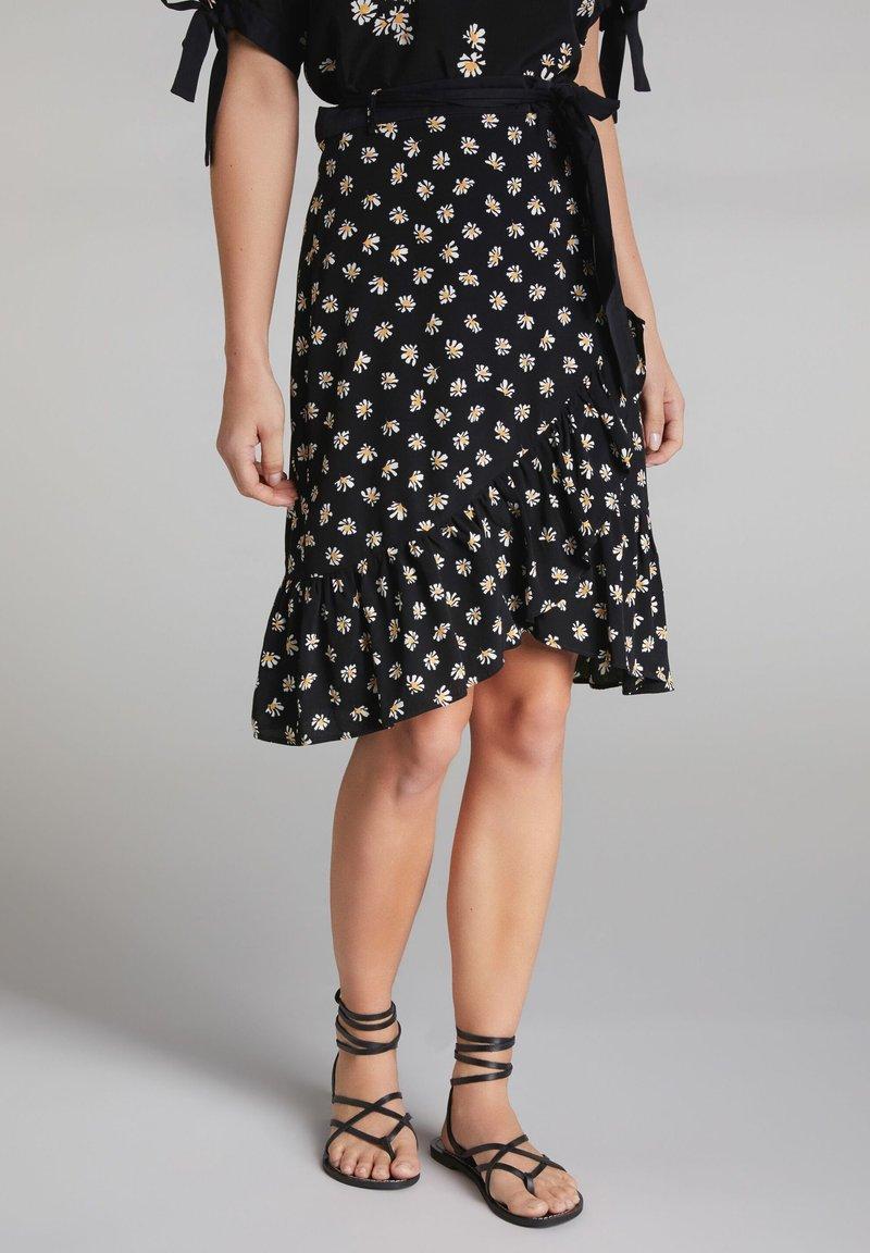 Oui - A-line skirt - black offwhite