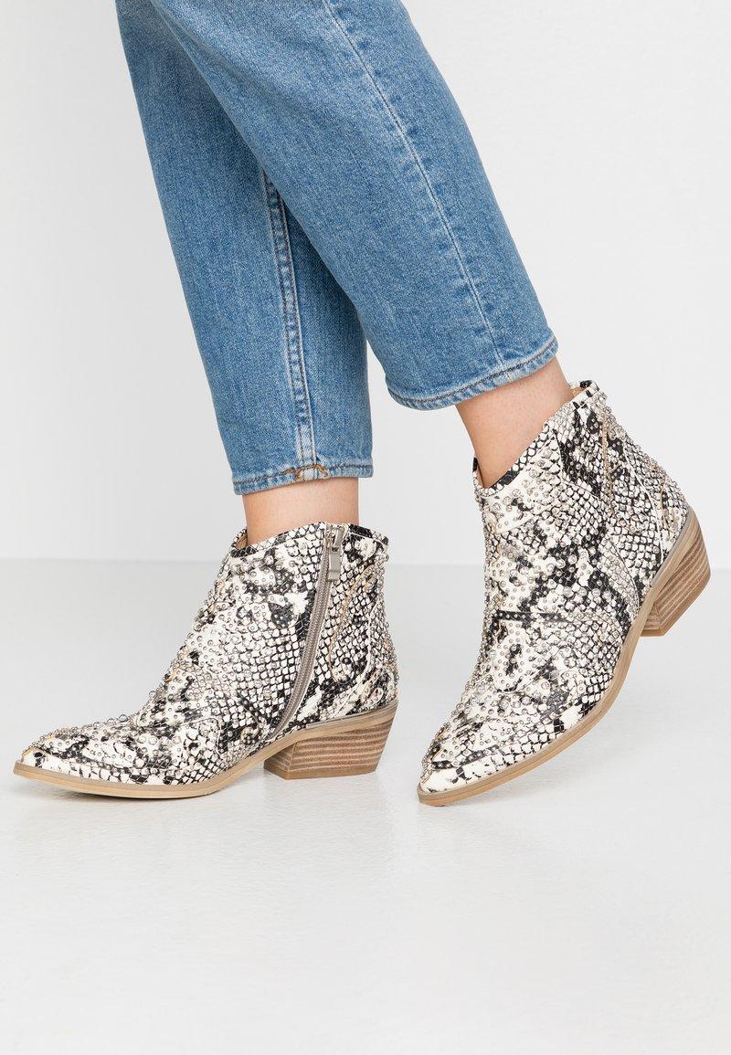 Alma en Pena - Ankle boots - white