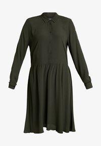 Minimum - BINDIE DRESS - Shirt dress - racing green - 5