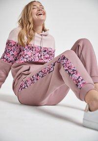 Next - COLOURBLOCK - Trousers - pink - 3