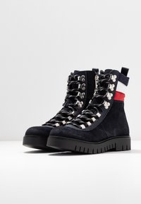 Tommy Jeans - PADDED LACE UP BOOT - Snørestøvletter - blue - 4