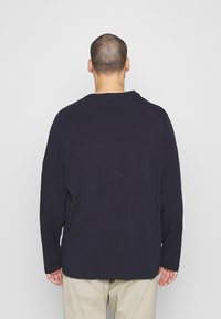 Tommy Hilfiger - STRETCH SLIM FIT TEE - Long sleeved top - blue - 2