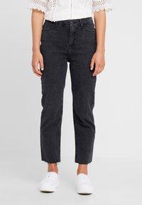 New Look Petite - STRAIGHT CROP HARLOW - Jeans Straight Leg - black - 0