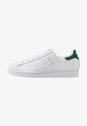 SUPERSTAR - Matalavartiset tennarit - footwear white/collegiate green